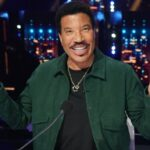 """Has Lionel Richie ever made love to his own songs? Luke Bryan says """"One millionpercent!"""" – Music News"""