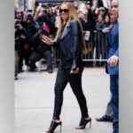 Mariah Carey shares throwback video of herself exercising in stilettos, Kerry Washington suggests Nike partnership – Music News