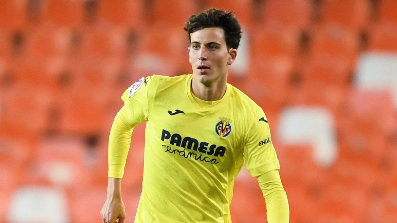 Manchester United want Villarreal defender Pau Torres in player-plus-cash deal