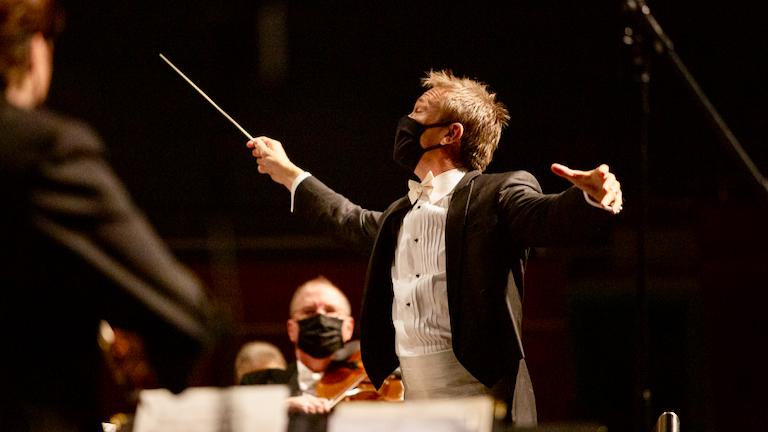 OKC Philharmonic Rises to Challenge of Pandemic-Era Performance