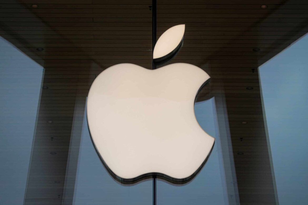Apple employees form AppleToo to tackle discrimination and harassment
