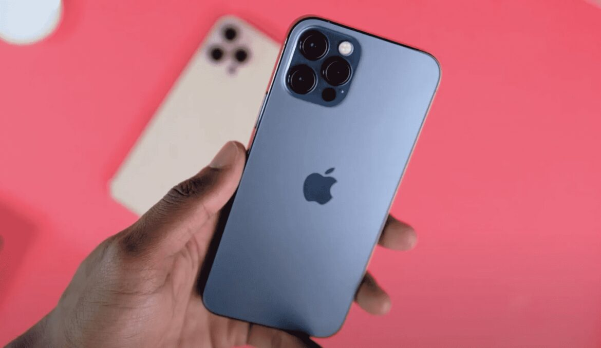 Apple Warns That iPhone Camera Can Degrade When Exposed to Intense Vibrations